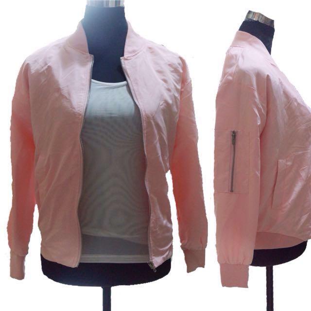 SALE❗️Bnew Bomber jacket