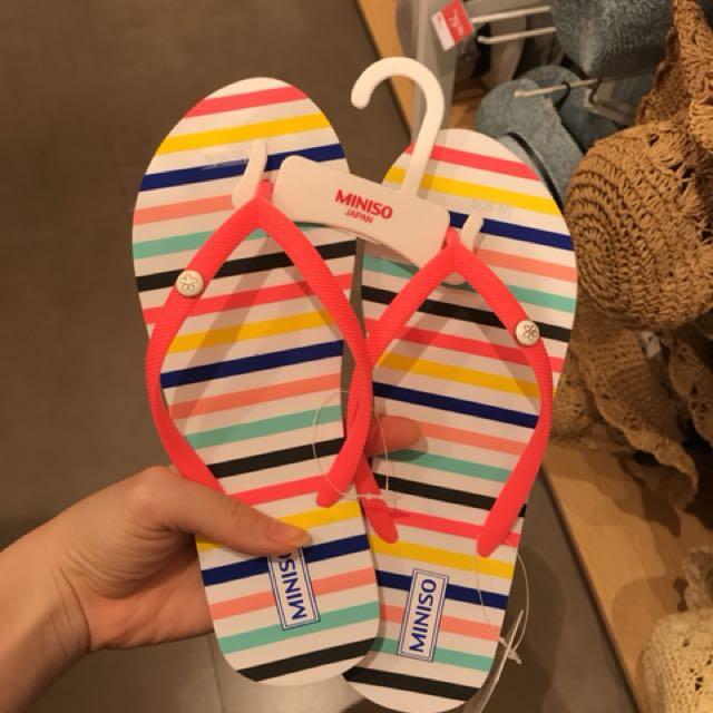Sandal miniso