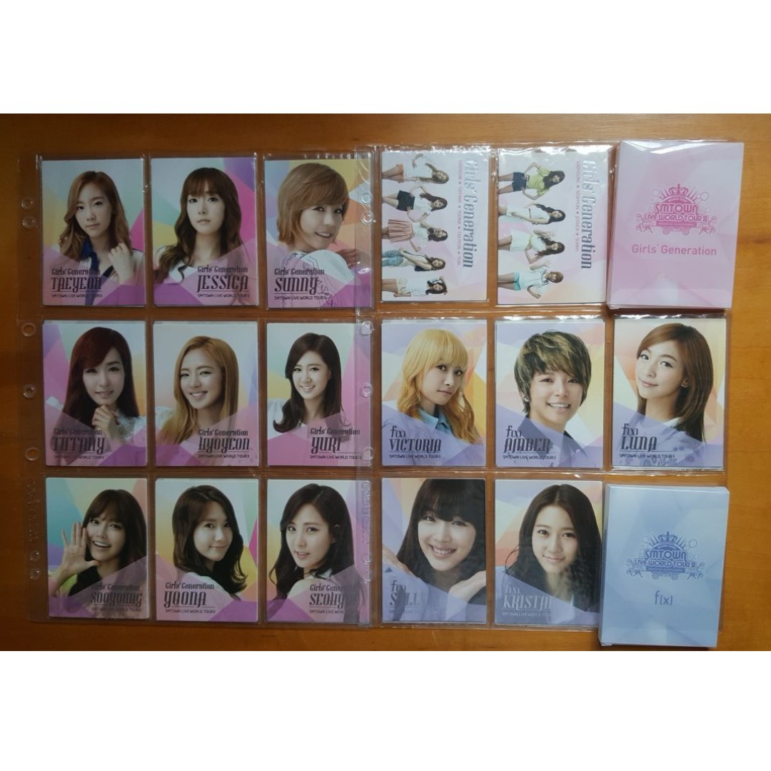 Selling SMTOWN Live World Tour 3 SNSD and Fx official photocards