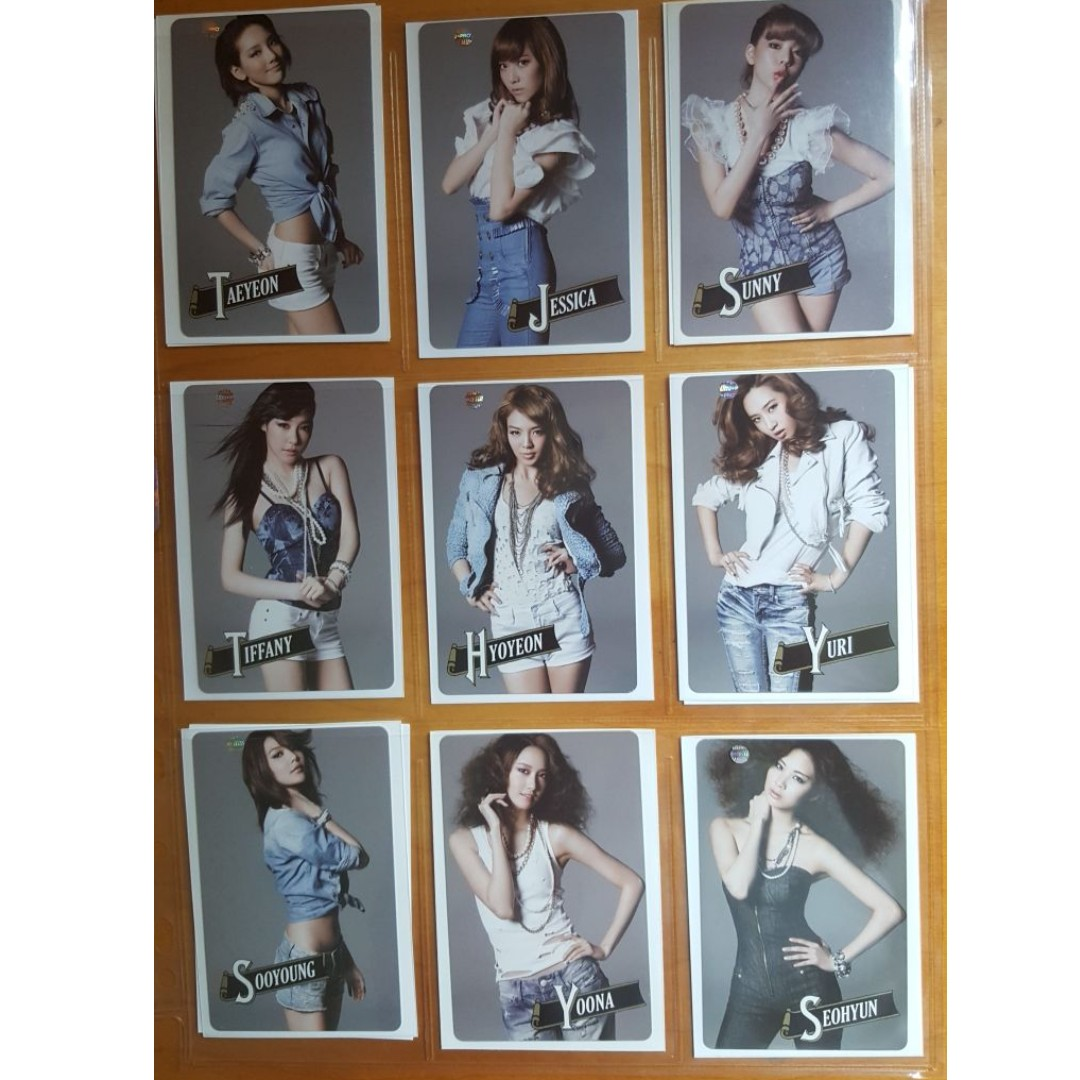 Selling SNSD Girls Generation 2011 First Japan Tour Official Photocards