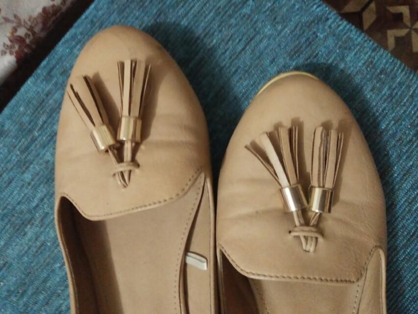 Sepatu brand Rubi