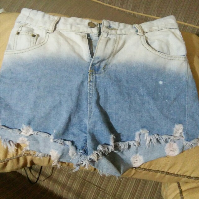 Sexy ombre shorts tattered
