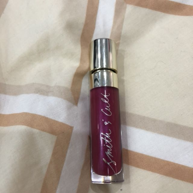 Smith & Cult the shining lip lacquer