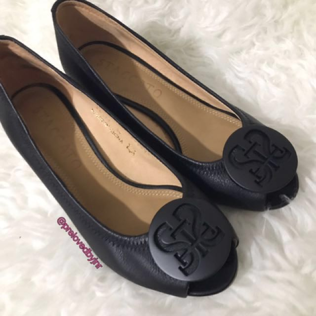 Stacatto Wedges Size 35
