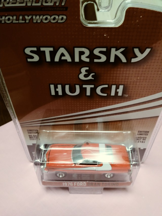 STARSKEY AND HUTCH POLICE CAR