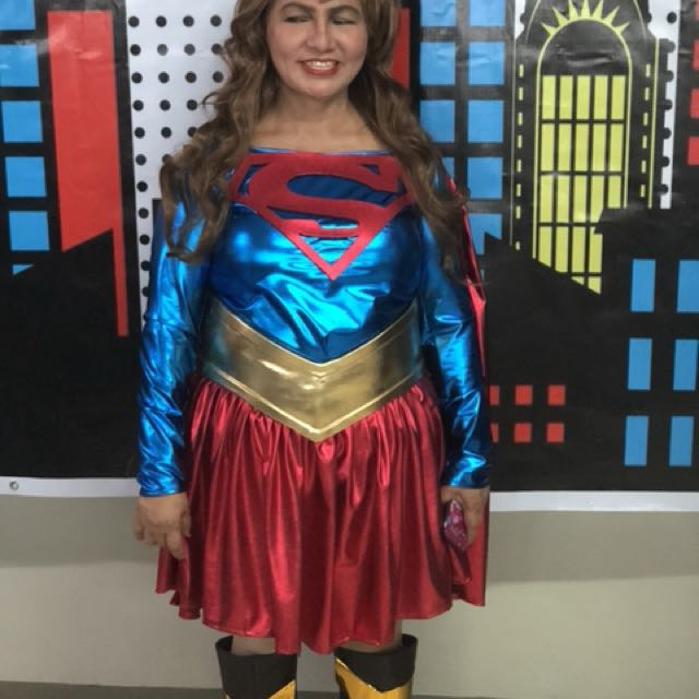 SUPER GIRL COSTUME FOR Rent‼️‼️