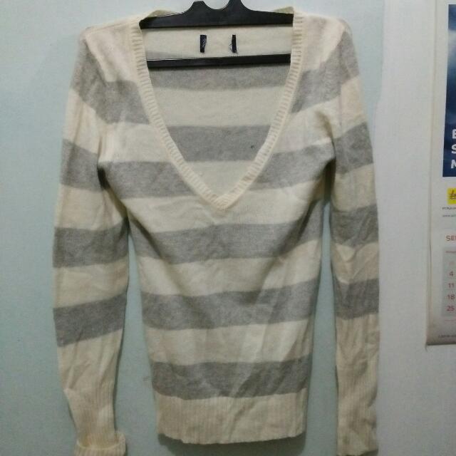 Sweater Rajut Halus Tebal