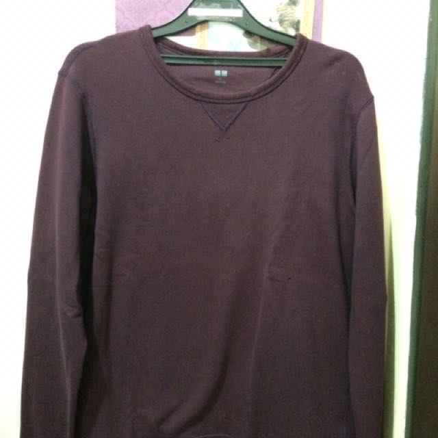 Sweater Uniqlo Size L (warna Merah Marun)