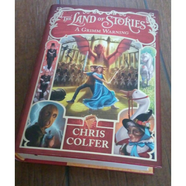 The Land of Stories - Chris Colfer