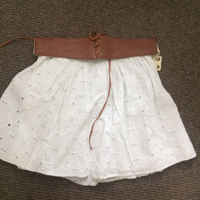 VALLEYGIRL White dress
