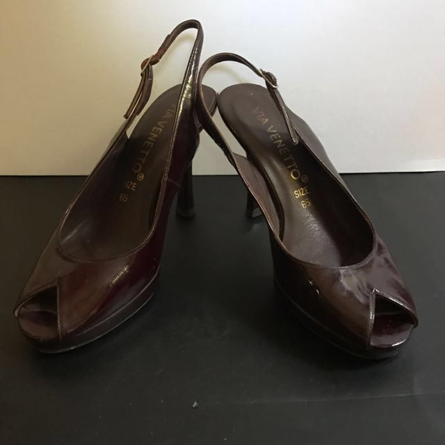 Via Venetto Maroon Sling Back Shoes 👠