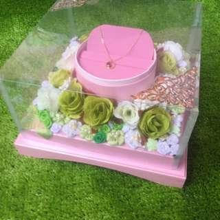 kotak kalung + cincin by mochimoko