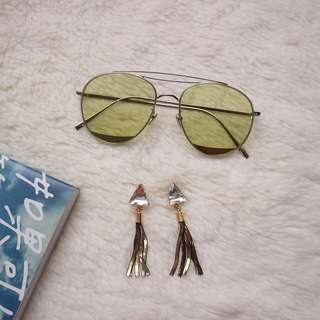 Oreni Sunglasses & Ava Triangle Earrings