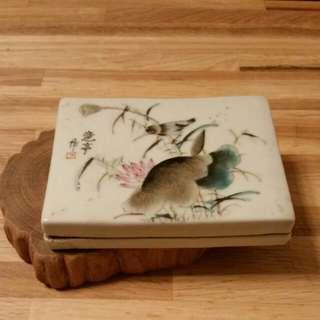 民國仿古手繪印臺瓷盒一個