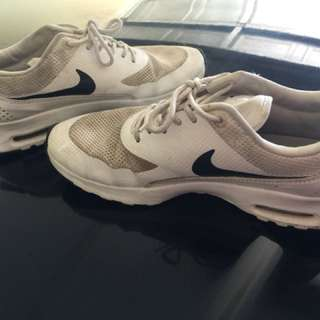 Authentic Nike theas