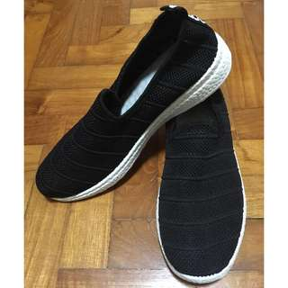 BN Black casual sports shoes