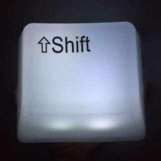 SHIFT Keypress LED Light 電池LED夜燈