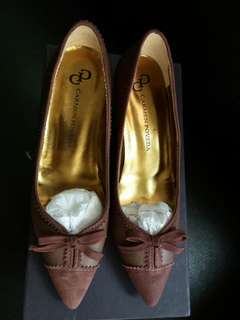 Italy made high hill shoes (size 36)