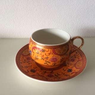 T2 tea cup