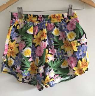 Vintage style floral shorts