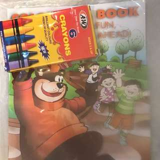 A&W stationery - 3 colouring kits, 2 sand art kits, 1 pencil case