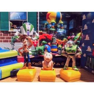 🚚 現貨 絕版 迪士尼 皮克斯 玩具總動員 胡迪 巴斯 巴斯光年 撲滿豬 火腿豬 立體 公仔 印章 玩具 擺飾 三眼怪