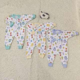 Newborn Giraffe sleepsuit onesies