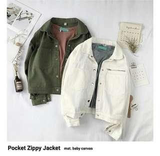 Jaket zippy, import! Grab it fast sis , bagus bgt jaketnya bahan tebel. 100% import , all size