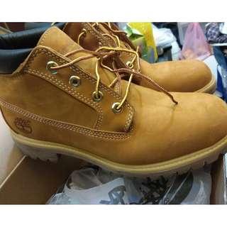 (日本購回有發票)Timberland 男版 中筒黃靴 踢不爛 23061亞洲寬楦 靴子 防水材質 耐磨耐穿 經典
