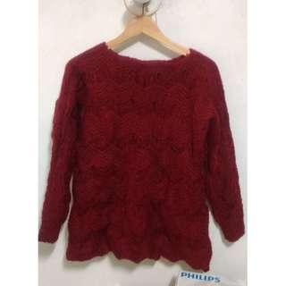 深紅色花邊針織毛衣