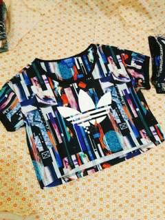 🚚 Adidas炫彩短版上衣