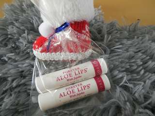 CHRISTMAS GIFTS twin set forever aloe lips