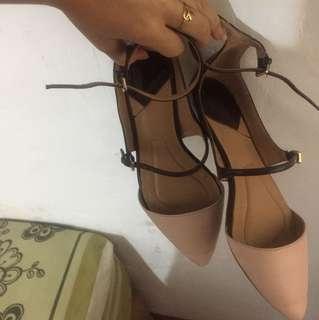 Sandal stradivarius