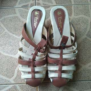 Wedges Woman's