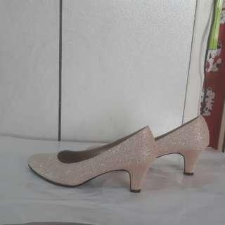 短跟亮粉鞋(24號)