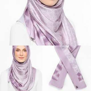 Alhambra Duck Lilac Instant Shawl