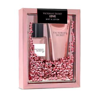 VICTORIA SECRET LOVE MIST & LOTION GIFT SET