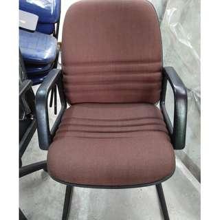 Kursi kantor tanpa roda