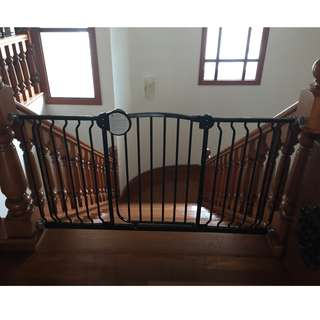 Lucky Baby Safety Gate
