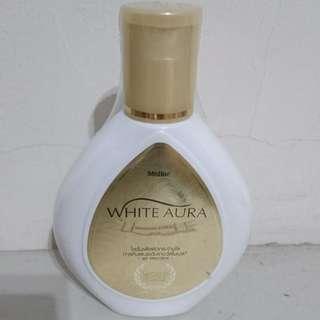 Mistine 嫩白香氛乳液