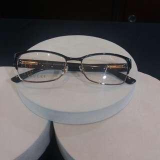 Cucci 眼鏡從國外帶回