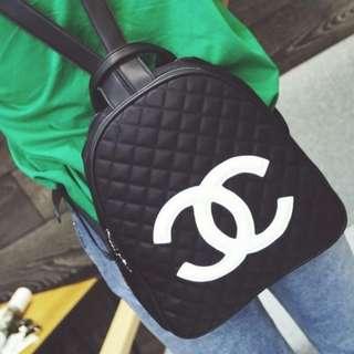 大大大割價-全新時尚背包旅行袋 Backpack Travel Bag(不是CHANEL)