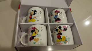 Christmas gifts Mickey mouse cup!!! 1 price for 4 cup!!!