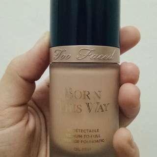 (FREE POS) (REDUCED PRICE)Too Faced Born This Way Foundation 'Vanilla'