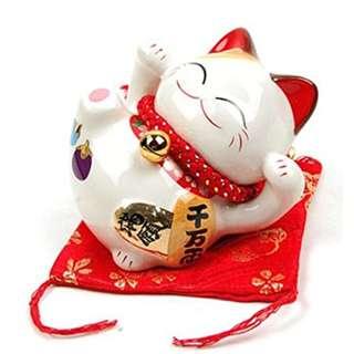 Lying Down Fortune Cat (White) - 金石工坊招财猫