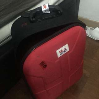Luggage - cabin size - bag - hand carry