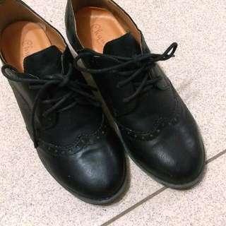(二手)黑色厚跟牛津鞋