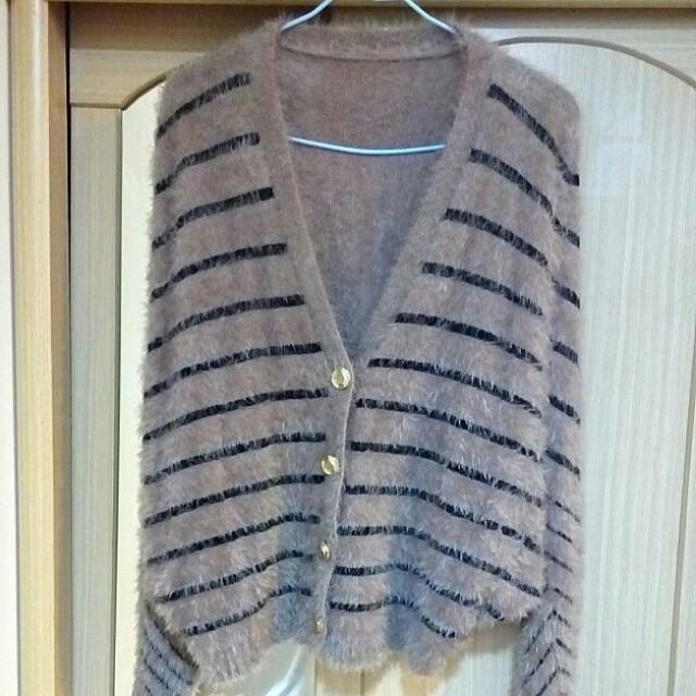 #出清#杏色條紋絨毛外套#冬季衣櫃出清#有超取最好買#好想找到對的人