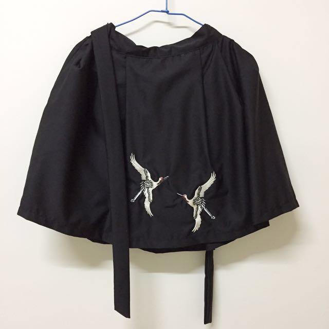 黑色刺繡仙鶴裙子