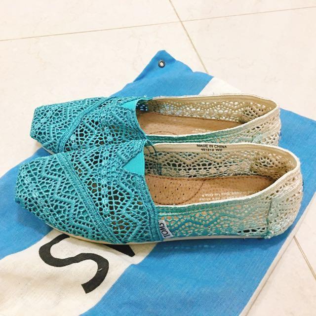 降價囉 Toms 蕾絲便鞋 W6 漸層藍 23cm